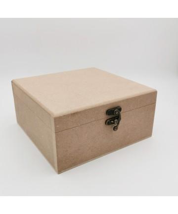 Drvena kutija 18x18x8,5cm